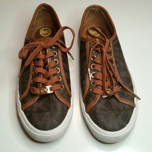 Michael Kors trainers size 7